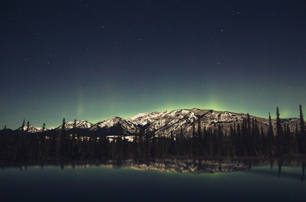 northern-lights-mountain.jpg